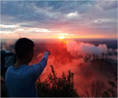 Hiking and Climbing to The Top of The Hills, Land Above the Clouds at Kapalo Bando - Payakumbuh